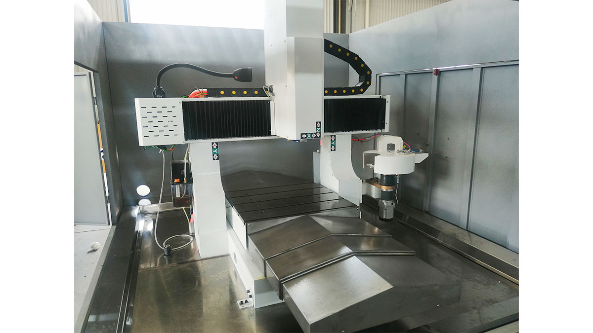 Machine de fabrication de moules 6090 ATC